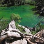 Lac vert, vallée étroite